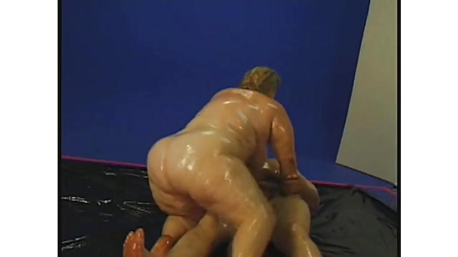 Cock sucking bbw jelli bean fucked
