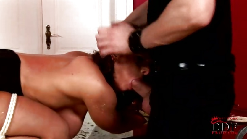 Sizzling amateur girlfriend gets rammed real good for one hot cumshot