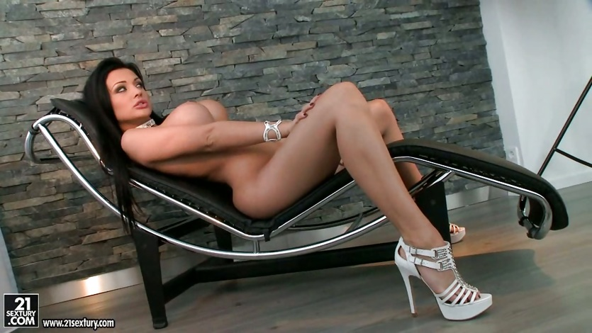 Aletta Ocean like to massage her naked body