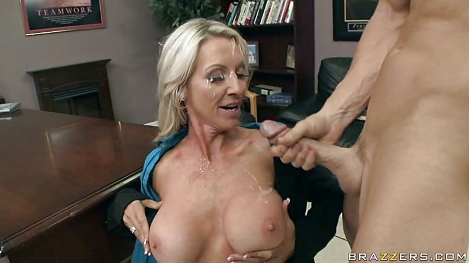 Facial With Bad Girl At Desk 4Tube 1