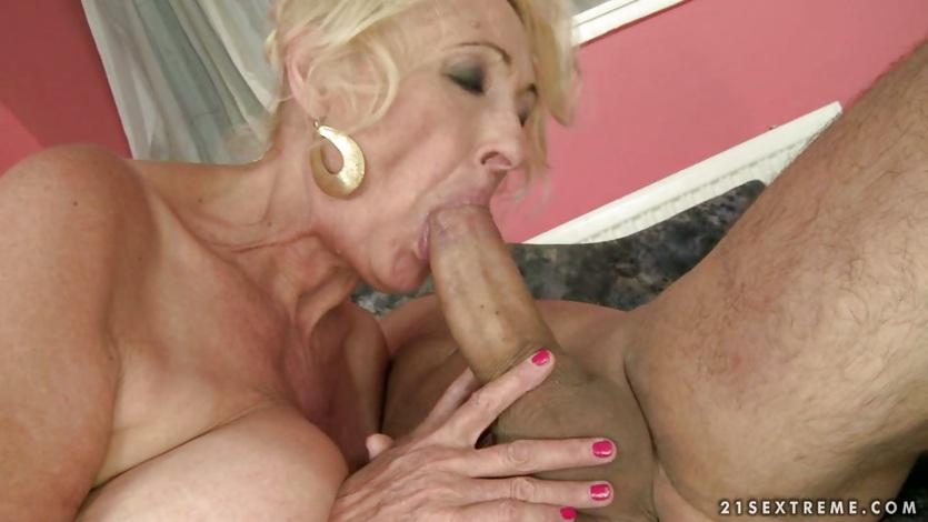 Trina erotic model
