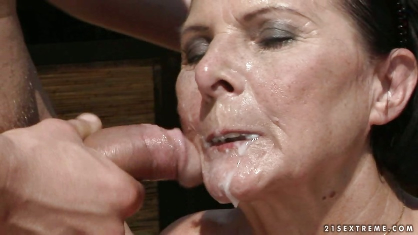 Cum soaked gay face today on 7
