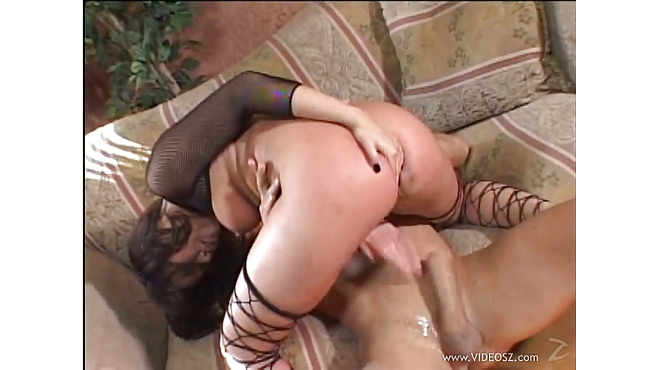 Brutalclips loosening her asian holes 6