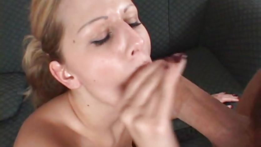Sizzling Jane Darling gets her mouth filled with cum