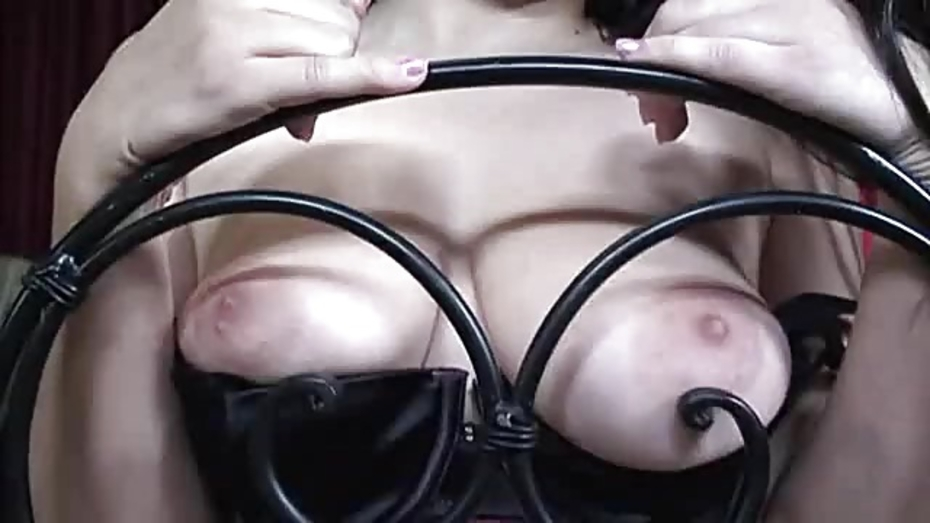 image Busty latina evie dellatosa blowing and titfucking cock til