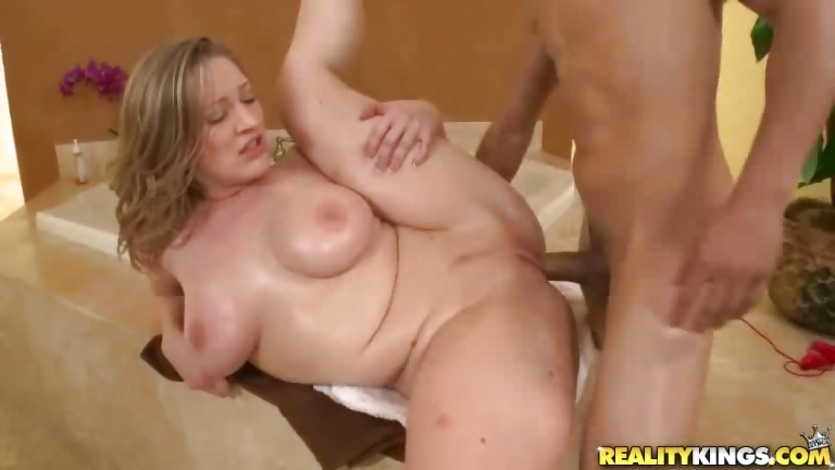 Big titted Vicky Vixen gets her moist pussy pulverized