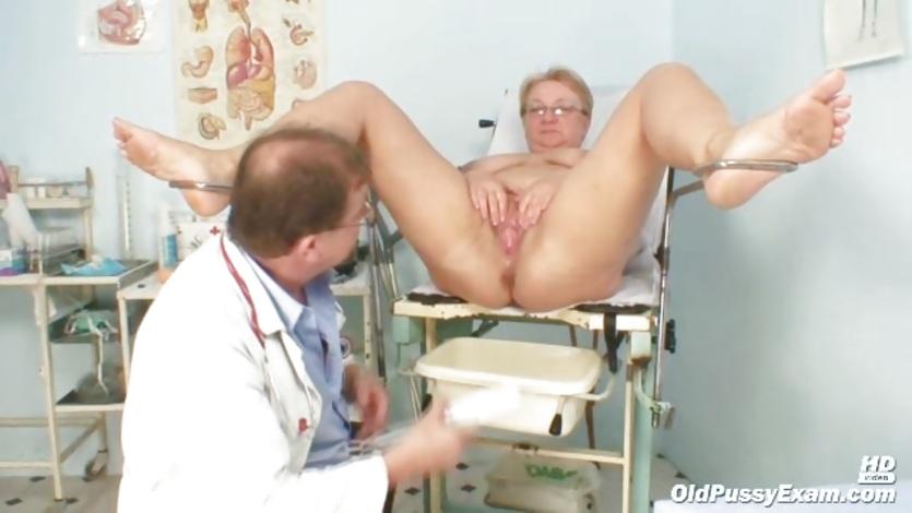 foto-samih-zhirnih-russkih-bab-na-prieme-u-ginekologa-afrikanskie-devushki-topless