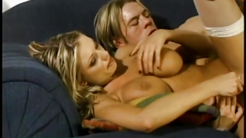 Wild Briana Banks gets her tight asshole pummelled