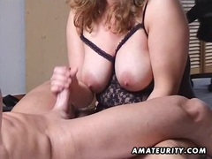 hand job behind from Plump brunetts
