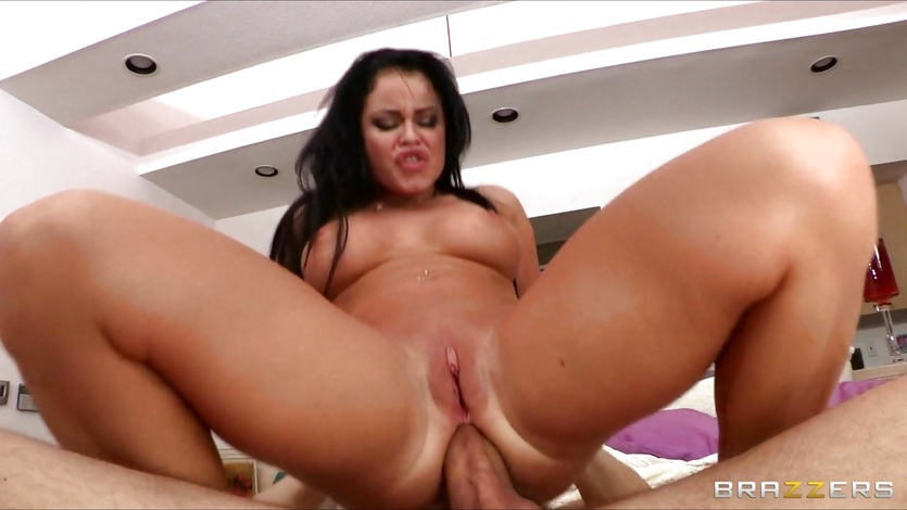 Nikki Delano loves getting fucked in the ass