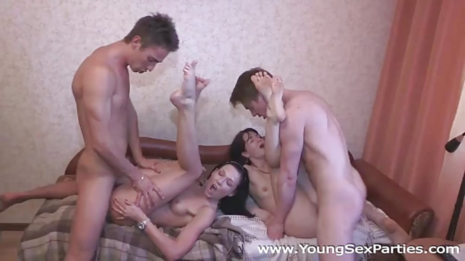 image Teens analyzed anal makes her moan nonstop