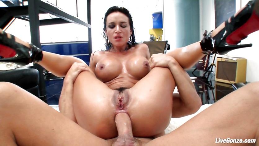 Soo fucking hot babe pissing by fetishgreg88 7