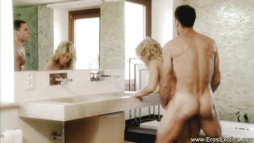 Girls self anal pleasure