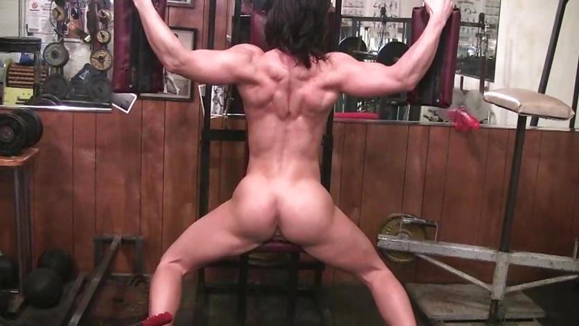 Фитнес бикини снялась в порно