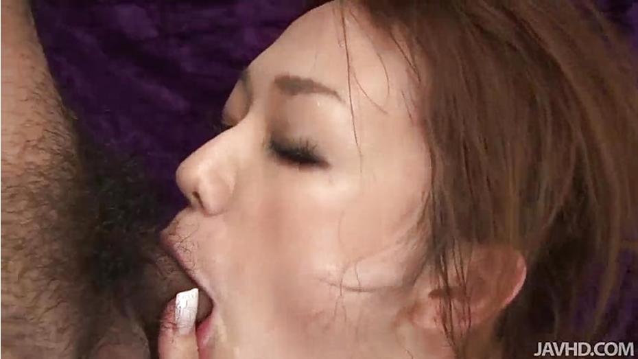 Sakura hirota enjoys being the centerpiece in this raunchy o 7