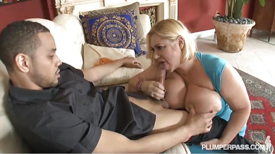 image Four plump leabians steaming hot sex