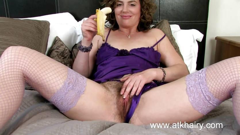 Sofia matthews eats a banana