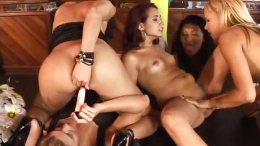 porno-video-lesbiyanki-klub