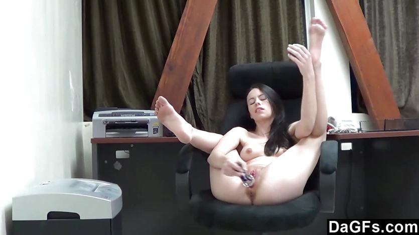 Веб Камера В Офисе Порно Hd Мастурбация