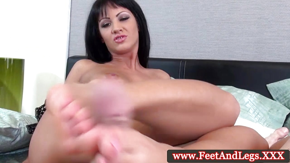 Leyla black pleases cock with her feet 6