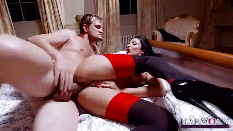 Download free passionate couple pussy eating and pounding abuse