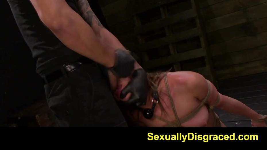 Fetishnetwork callie calypso submissive 1