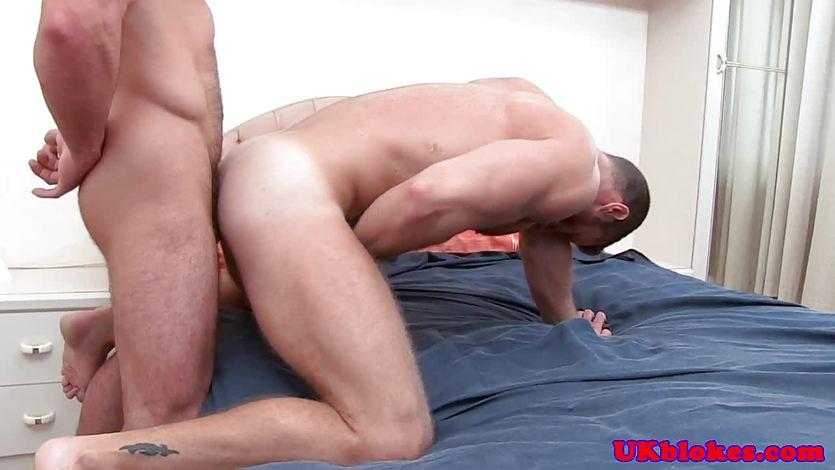 Muscular british jocks fight before anal