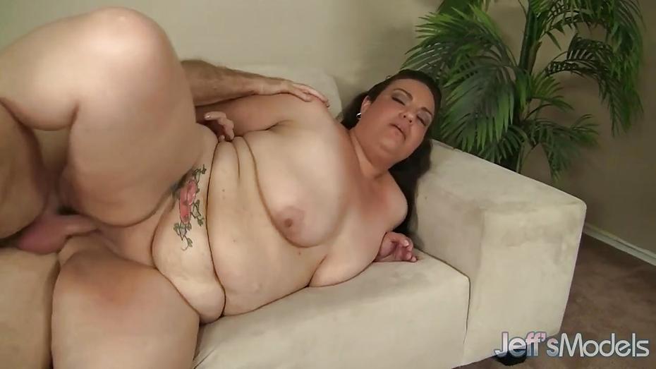 Horny plumper juicy jazmynne gets fucked 6