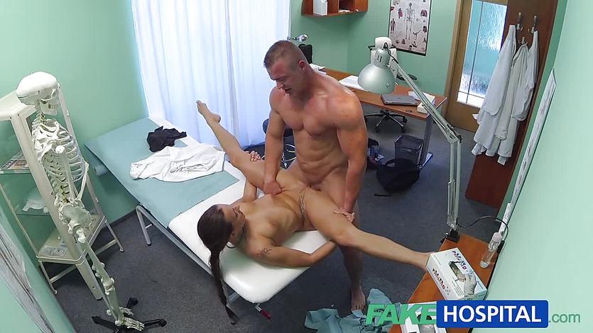 Видео Секс В Госпиталь