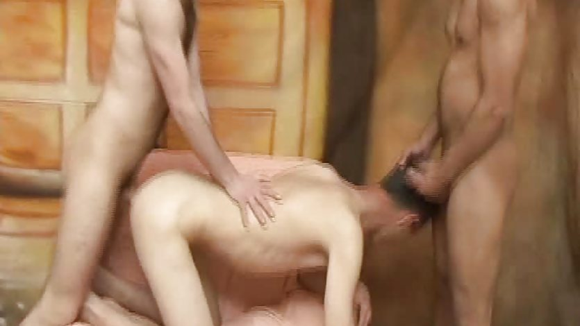 Raw Gay Twinks In Hot Threesome Barebacking