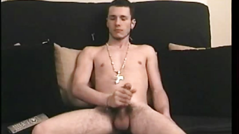 Straight amateur twink jerking off