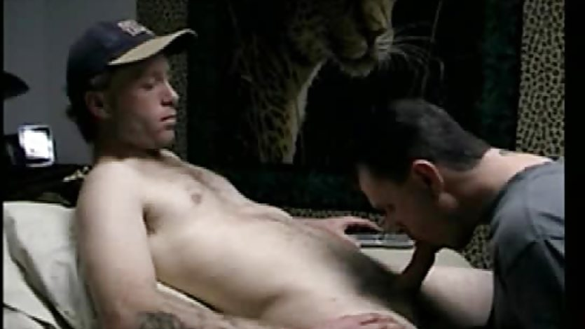 Straight bloke cums in gay dudes mouth