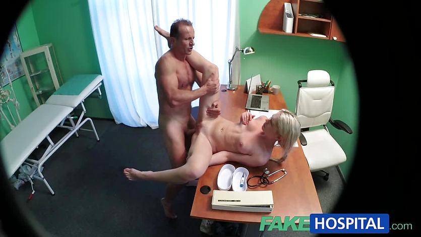 видео секс жесткий диск с врачом