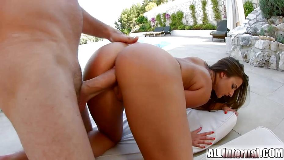 Allinternal stunning brunette reveals her ana 5