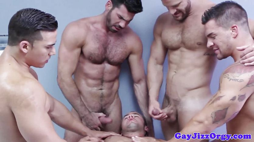 Ripped hunk cumcovered after anal fucking in group