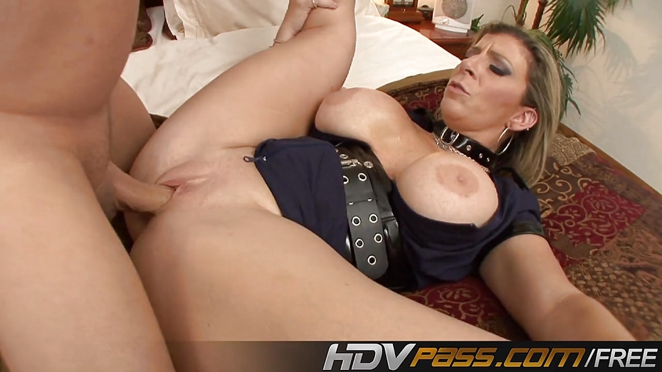 image Hdvpass tatiana kush blows and bangs her skull out