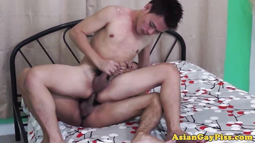 Peeing asian twinks barebacking