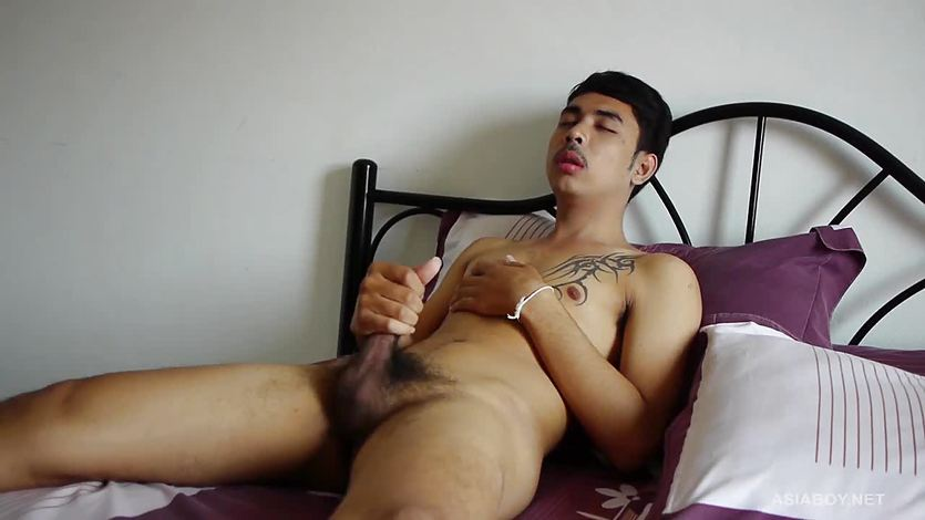 Cute Gay Asian Twink Kai Jacking Off Naked