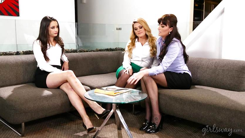 Rough lesbian sex with Alison Tyler, Charlotte Stokely and Julia Ann  1474388