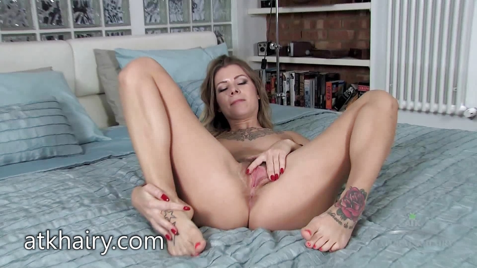 Rikki rumor teasing with her hairy pussy 10