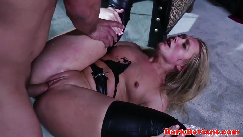 Busty booted skank gets chockplay treatment 6