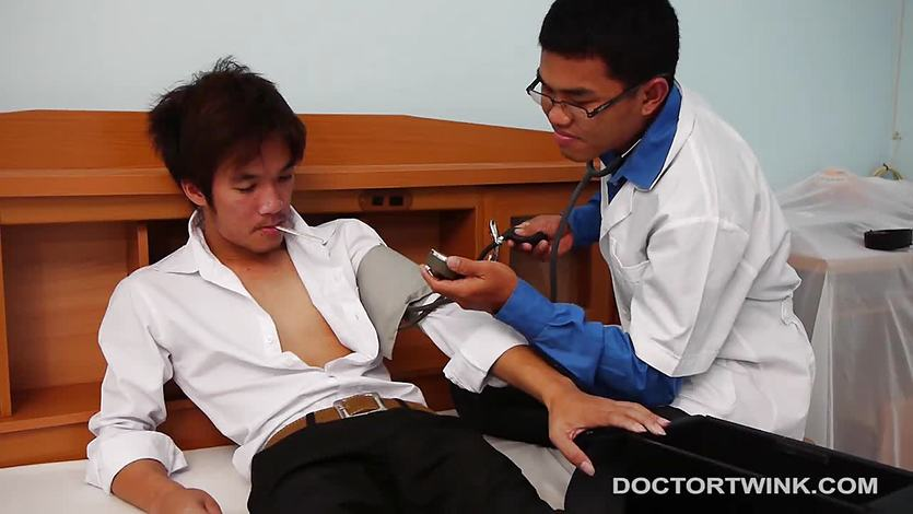 Kinky Medical Fetish Asians Arthur and Jonas