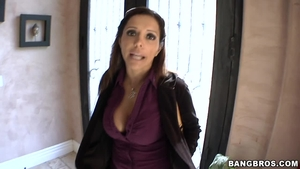 Franche Lee Gives A Wonderful Blowjob