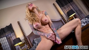 Tattoo Skinny Blond Sarah Jessie Chaos With Her Couple