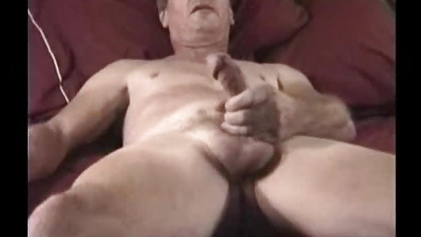 Mature Amateur Jimmy Jacking Off