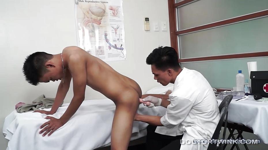 Medical Fetish Asians Argie And Alex Bareback