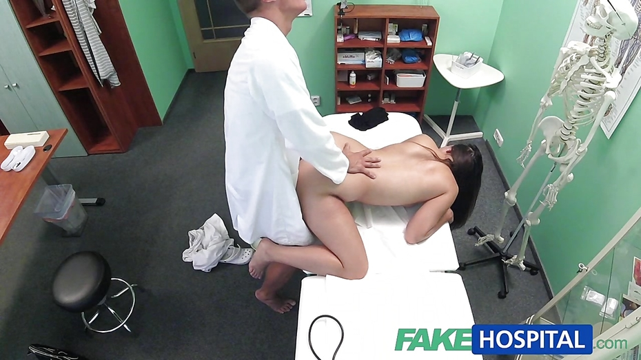 Fakehospital tight hot wet patient moans with pleasure 8