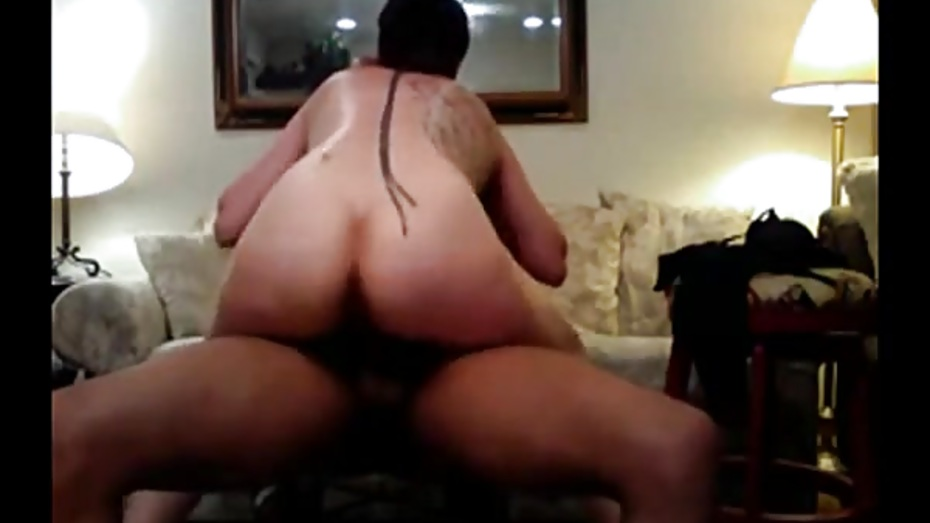Amateur divorced milf experimenting with black cocks 4