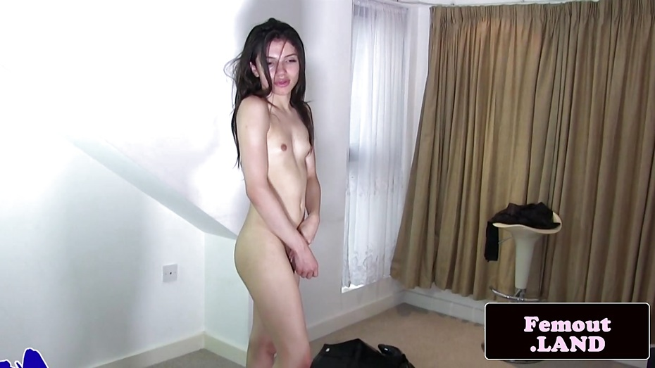 Turkish woman? puke