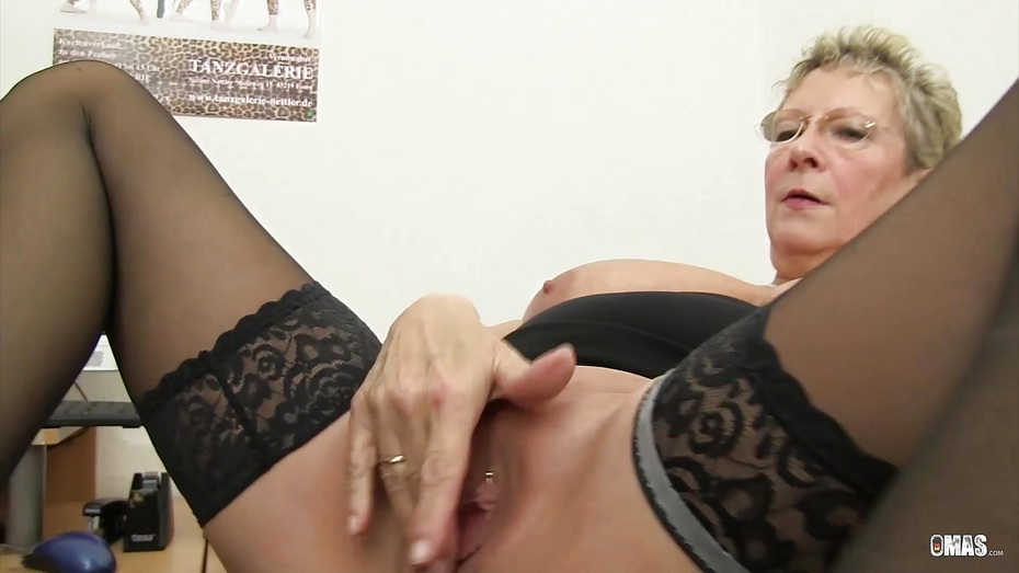 German granny sex-xxx